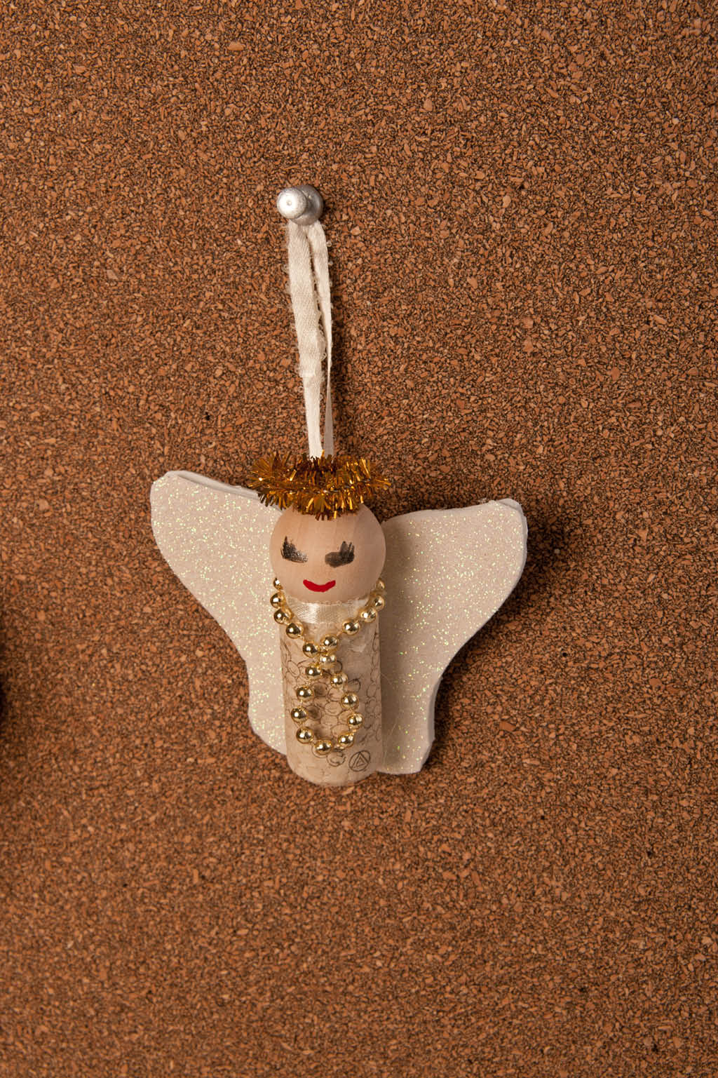 upcycled-wine-cork-angel-ornament