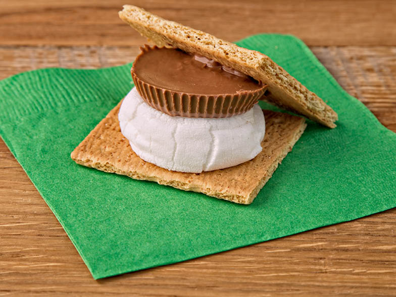 peanut-butter-cup-smore