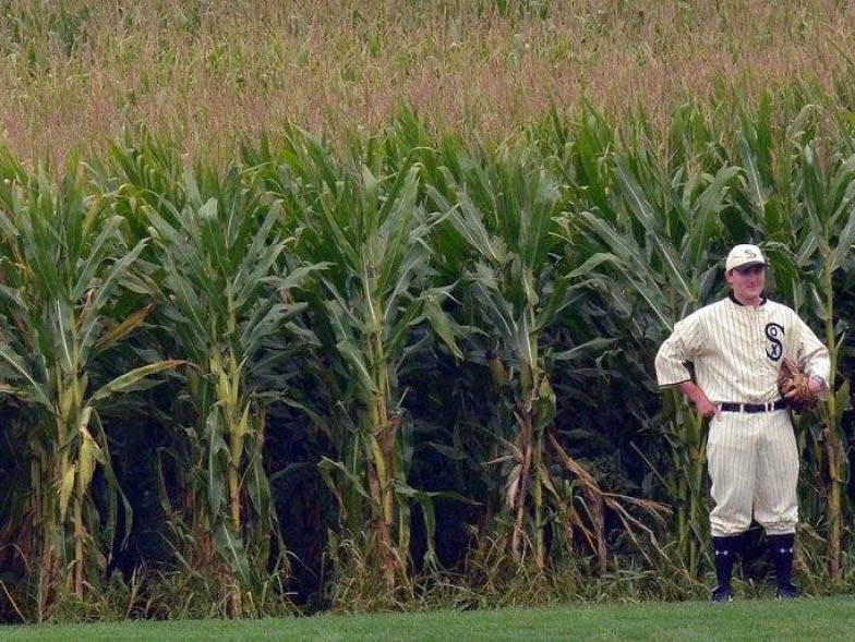 field-of-dreams-player-in-outfield