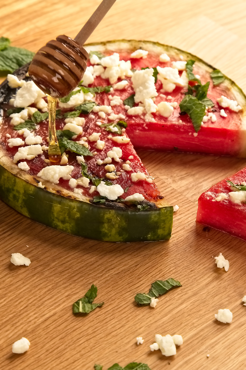 honey-glazed-watermelon-pizza